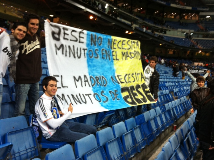 Jese didn´t play so his butties got a bit worked up and knocked up this banner