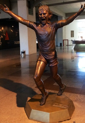 Zico statue at Flamengo