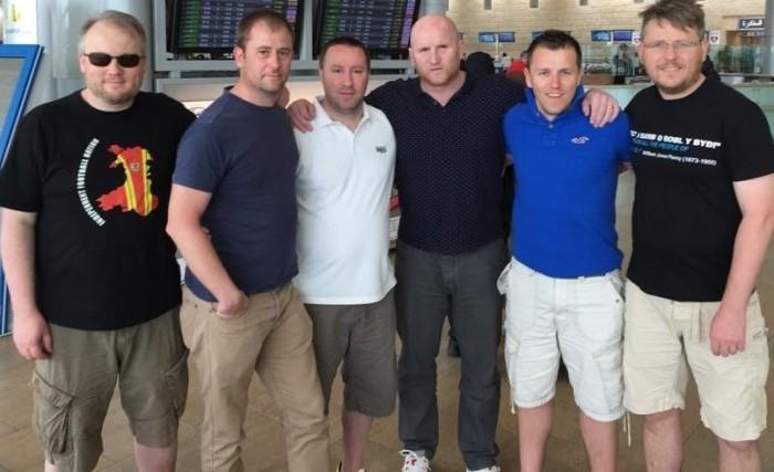 Bechgyn Aberteifi and John Hartson - Israel v Wales